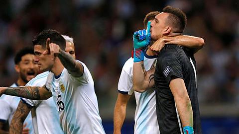 Argentina còn nguyên cơ hội đi tiếp dù mới có 1 điểm
